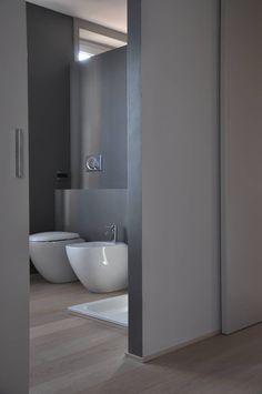 Casa ele modern bathroom by paolo capriglione architect moder … – Conception Bathroom Tile Designs, Bathroom Design Small, Modern Bathroom, Bathroom Ideas, Kitchen Design, Green Small Bathrooms, Bidet, Home Decoracion, Piece A Vivre