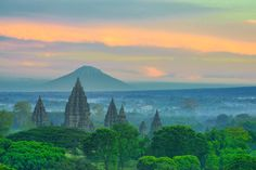 fresh pict from prambanan temple, it's true diferent, but this a new exploration spot