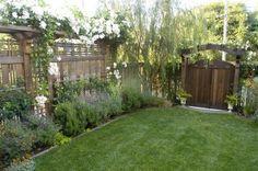 9 Kind Clever Ideas: Front Yard Garden Fence Ideas Garden Fence With Door.Garden Fence With Door Modern Fence Landscaping. Fence Landscaping, Backyard Fences, Backyard Privacy, Patio Fence, Pergola Garden, Brick Fence, Concrete Fence, Cedar Fence, Dog Friendly Garden