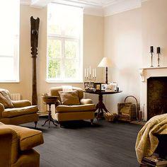 suelo de vinilo en imitacin a madera oscura de la marcac quickstep