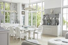 Windsor Smith Redefines Luxury Living for the Modern Family - Kitchen Windsor Smith, Family Kitchen, Indoor Outdoor Living, Master Bedroom Design, Big Houses, Lounge Areas, Maine House, Modern Family, Architectural Digest