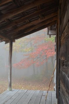 Foggy fall porch in the woods Rain Storm, Cabins And Cottages, Log Cabins, Rustic Cabins, Cabins In The Woods, Belle Photo, Country Life, Country Living, The Great Outdoors