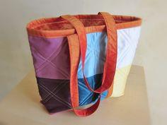 Sac à main cabas handmade, sac cabas en tissu satiné, sac à main tissu recyclé, : Sacs à main par les-aiguilles-de-svetlana