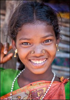 Girl from Orissa, India You Are Beautiful, Beautiful Children, Beautiful People, Beautiful Things, Figure Photography, People Photography, Smile World, Beautiful Dark Skinned Women, Village Girl
