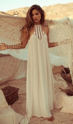 Boho look | Off white maxi dress