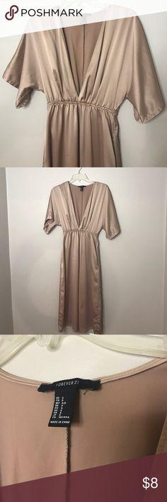 Forever21 GOLD DRESS SZ S ✨ Forever21 GOLD DRESS SZ S ✨make me an offer! Forever 21 Dresses