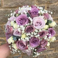 Boquet, Wedding Flowers, Floral Wreath, Clouds, Wreaths, Bride, Antiques, Pretty, Plants