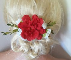 Check out this item in my Etsy shop https://www.etsy.com/listing/457346720/boho-bridal-fascinator-rustic-clip