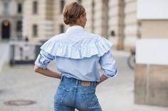 """Cowgirl-Stil und """"House on the Prärie"""": alles Wildleder, Fransen, Schnallen, Rouches . Airplane Outfits, Fashion Outfits, Womens Fashion, Fashion Trends, Denim Fashion, Fashion Tips, Mein Style, Vogue, Ruffle Shirt"""