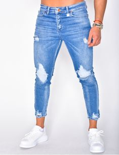 Jeans homme pas cher, jeans Redskins, jean Sixth June - Jeans Industry Mens Fashion Wear, Denim Fashion, Sneakers Outfit Men, Denim Vintage, Mode Jeans, Navy Blue Shirts, Checked Trousers, Light Blue Jeans, Denim Jeans Men