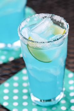 Blue Margarita #summer #cocktail #entertaining