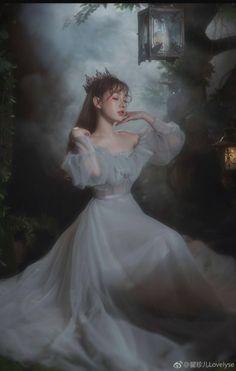 Queen Aesthetic, Princess Aesthetic, Blue Aesthetic, Fairytale Dress, Fairy Dress, Pretty Dresses, Beautiful Dresses, Elegant Dresses, Beauté Blonde