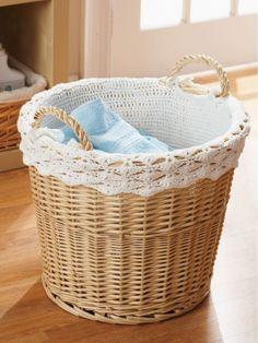 Lacy Basket Lining, free pattern by Yarnspiration