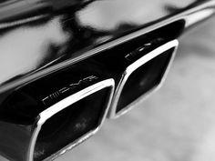 A következő kis modelltörténetet a saját birtokomban lévő információk alapján kezdtem el szerkeszteni, remélhetőleg kimerítő információkkal szolgálva a téma iránt érdeklődőknek.Ez valamikor 1988-ban kezdődött, amikor a Daimler-Benz szerződést kötött az AMG-vel a…
