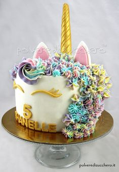 Torta unicorno per il compleanno di una bimba  unicorn cake for the birthday of a baby girl
