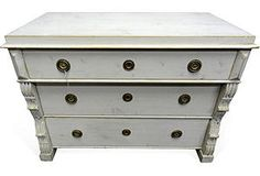 Country-Style 3-Drawer Chest II