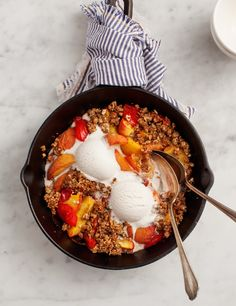 A simple and summery Peach & Plum Crumble - beautifully photographed -  from   loveandlemons.com