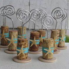 Cool DIY wine cork crafts and decorations, DIY and Crafts, Cool DIY wine cork crafts and decorations Wine Craft, Wine Cork Crafts, Wine Bottle Crafts, Wine Bottle Corks, Bottle Candles, Crafts With Corks, Diy Corks, Wine Cork Wedding, Wedding Favors