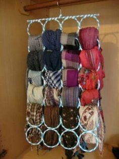 Diy Craft Projects, Craft Tutorials, Diy And Crafts, Scarf Storage, Bedroom Closet Storage, Scarf Hanger, Sewing To Sell, Ideas Para Organizar, Crochet Decoration