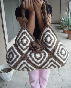 Crochet Bicolor Tote Bag Pattern PERMISSION SELL by natyo2010. $5.00, via Etsy.