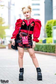 Japanese fashion student Sana on the street in Tokyo. by : Japanese fashion student Sana on the street in Tokyo. Japan Street Fashion, Tokyo Street Style, Tokyo Fashion, Harajuku Fashion, Grunge Fashion, 90s Fashion, Korean Fashion, Fashion Outfits, Fashion Trends