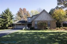 House for sale at 2242 Oakhurst Dr, Delaware, OH 43015  - Zaglist.com® #HouseForSale #House #ForSale #zaglist #Realestate #Delaware