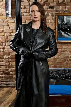 Long Leather Coat, Black Leather Dresses, Leather Trench Coat, Leather Gloves, Black Faux Leather, Trench Coats, Leather Jackets, Penny Lane, Leder Outfits