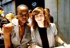 """myfriendamy: """"Danai Gurira and Chandler Riggs at San Diego Comic Con, July 2017 """" Walking Dead Cast, Walking Dead Season, Fear The Walking Dead, Bel Air, Tom Payne, Hey Arnold, The Avengers, Carl Grimes, Stuff And Thangs"""