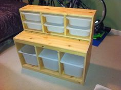 Repurpose IKEA storage bins into steps into gooseneck of horse trailer #horse trailer organization