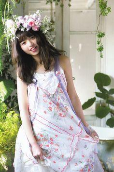 齋藤飛鳥 Cute Japanese, Japanese Girl, Saito Asuka, Kawaii Cute, Beautiful Asian Women, Asian Woman, Girl Photos, Beauty Women, Asian Beauty