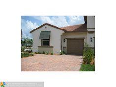 Condo/Villa a la renta en Parkland, FL Florida Home, Renta, Condo, Garage Doors, Shed, Villa, Outdoor Structures, Outdoor Decor, Home Decor