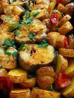 Chicken Pasta Recipes, Healthy Chicken Recipes, Fish Recipes, Cooking Recipes, Portuguese Recipes, Portuguese Food, Fish Dishes, Curry Recipes, Fish And Seafood