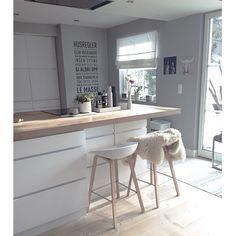 Kitchen and a little Sunshine ☀️✨