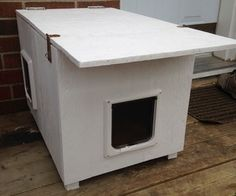Outdoor cat shelter done right w/plans.