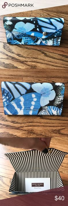Henri Bendel Sunglass Case Butterfly print Henri Bendel Sunglass Case. Never used. henri bendel Accessories