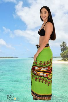 Stunning Ladies Dashiki Sarong - Hand-Screened. Beautiful Beach Bikini Cover, even use as beach towel, wall hanging or table cloth. Many styles to choose from. Coconut Sarong Clip included. #sarong #beachcoverup #handpaintedsarong #batiksarong #bikinicover #dashiki #luauparty #cruisewear #cruise #beach #vacation #springbreak #hulagirl #sexy #sarongclip #coconutclip #sarongbuckle