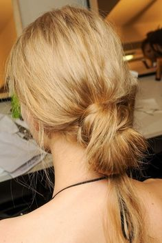 Knotted buns