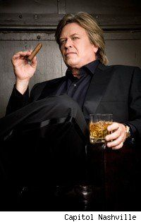 Ron White Wants You to Drink Scotch Like a Man - Asylum.com