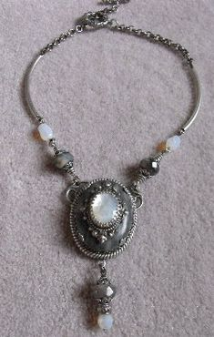 Check out http://filigreebeading.com!  Free Jewelry Making Lesson