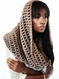 This is awesome!!!!!  blackandkillingit.com #crochet #snood