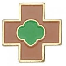 """The Safety Award is available at every level of Girl Scouting. The award focuses on basic safety such as knowing how to """"stop, drop, and roll"""" at the Daisy level. Check out more by reading the requirements in the Girl's Guide for each level! Girl Scout Uniform, Girl Scout Patches, Girl Scout Swap, Girl Scout Leader, Girl Scout Troop, Brownies Girl Guides, Girl Scouts Of America, Brownie Badges, Girl Scout Activities"""