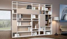 Libreria componibile bifacciale: Soggiorno in stile in stile Moderno di soloLibrerie