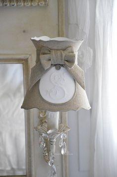 Miroir trumeau applique pampille cristal patiné patine lin abat jour romantique abat jour collerette forme gustavien lin shabby chic and romantic lampshade 2