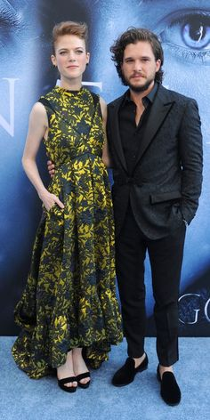 #The #GameofThrones #Cast #Brought the #Heat to the #IcyBlueCarpet at the #Season7 #Premiere