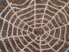 How to Make a Spider Web Out of Rope & Knots thumbnail