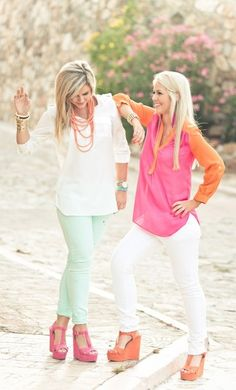 We love these #Spring colors