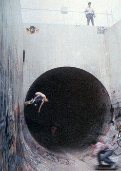 skate tunnel tünel arkadas firend kaykay skateboard dark karanlık