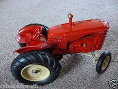 VINTAGE LESNEY TOY MASSEY HARRIS 745d TRACTOR Gt.BRITAIN GREAT CONDITION - http://www.matchbox-lesney.com/?p=2180