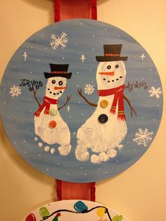 Christmas foot print craft by jenny Christmas Crafts For Kids, Baby Crafts, Crafts To Do, Christmas Themes, Kids Christmas, Holiday Crafts, Holiday Fun, Christmas Decorations, Christmas Handprint Crafts