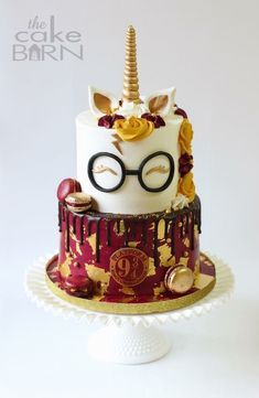Harry Potter unicorn cake Harry Potter unicorn cake Best Picture For castillo . Harry Potter Theme Cake, Harry Potter Desserts, Bolo Harry Potter, Gateau Harry Potter, Harry Potter Girl, Harry Potter Birthday Cake, Harry Potter Food, Birthday Cake Disney, Birthday Cakes
